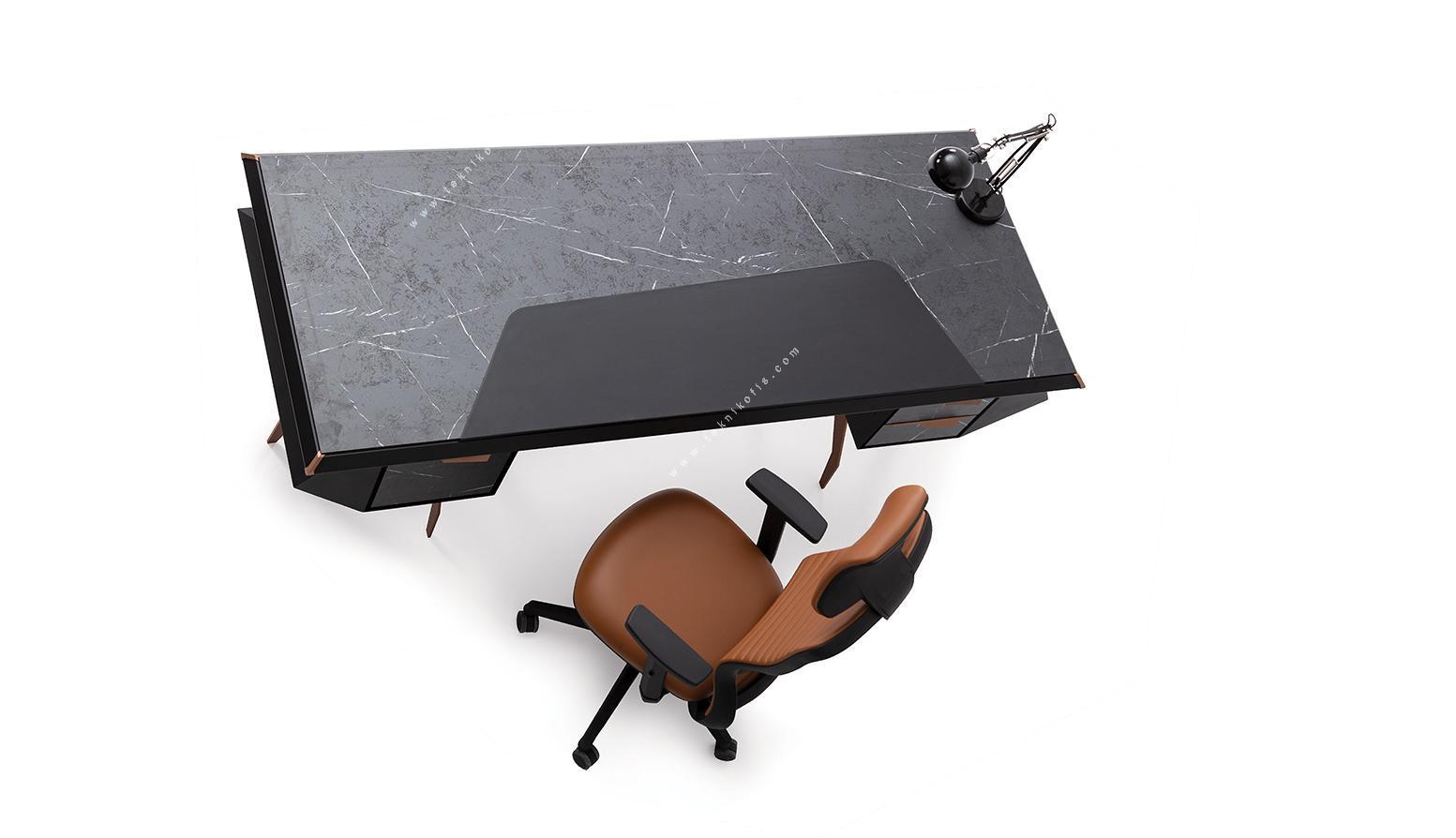 molder yönetici masası