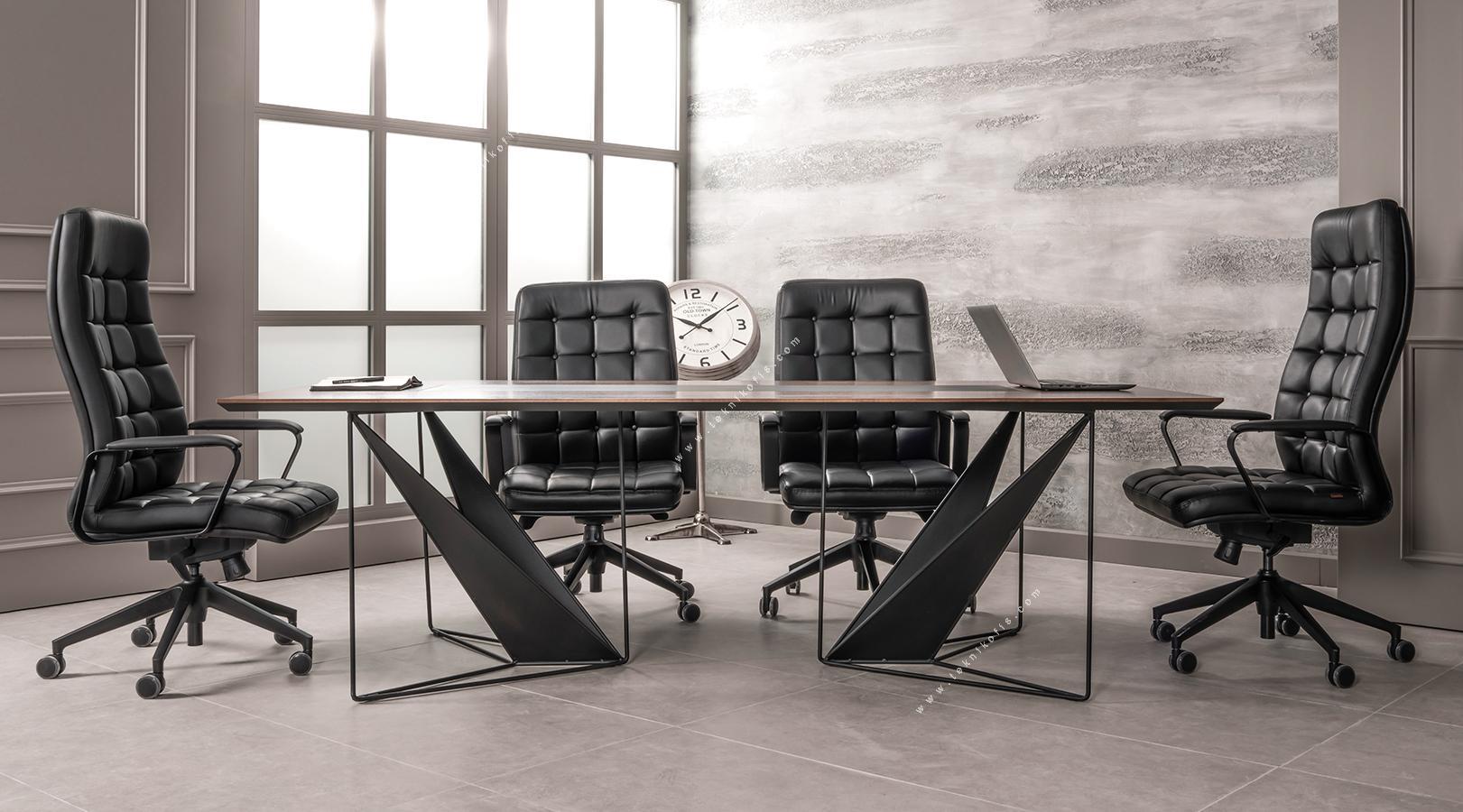 ployer tasarım toplantı masası