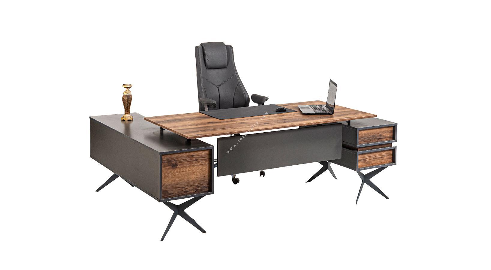 rianos tasarım makam masası