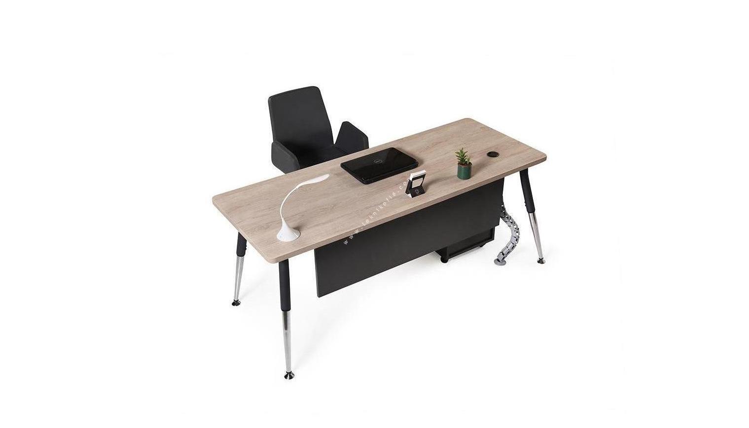 toucher metal ayaklı çalışma masası 140cm