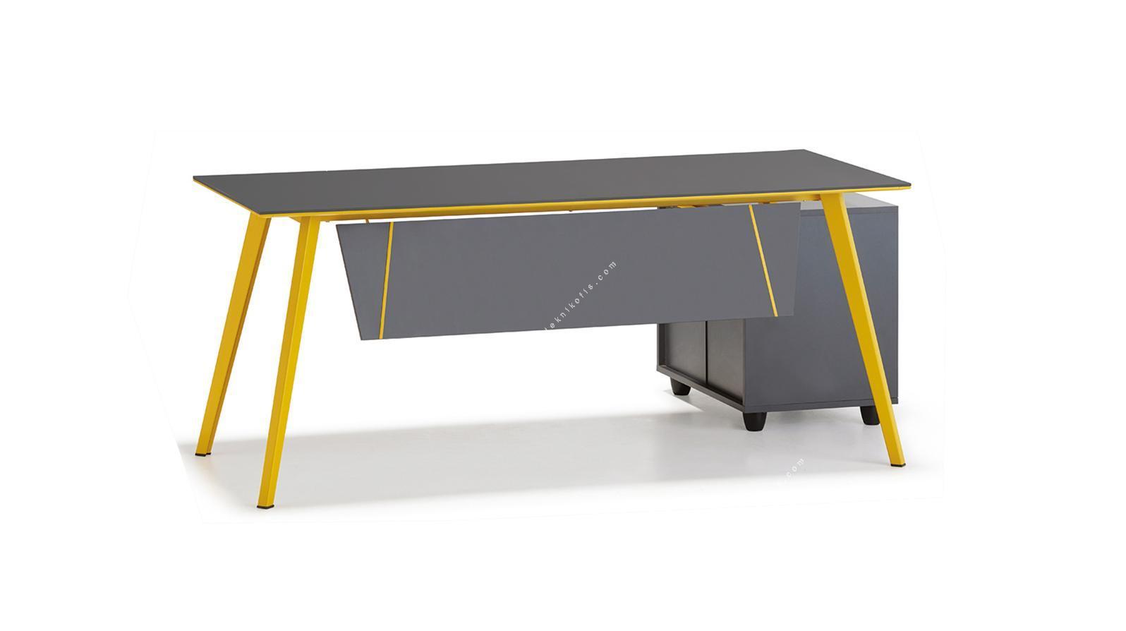 vega üç ayaklı metal ayaklı çalışma masası 120cm