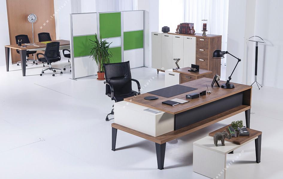 vespa tasarım yönetici ofis takımı